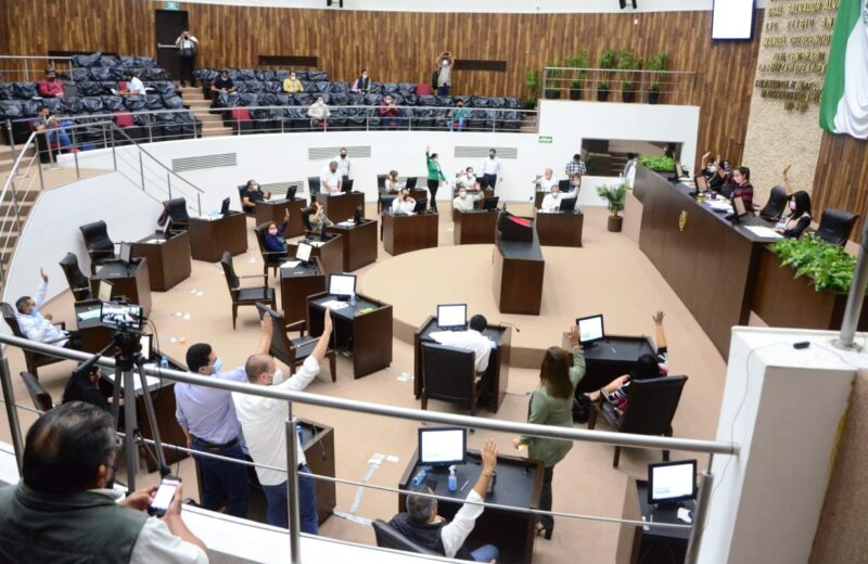 Juan Manuel León es electo nuevo Fiscal de Yucatán con 23 votos de la legislatura