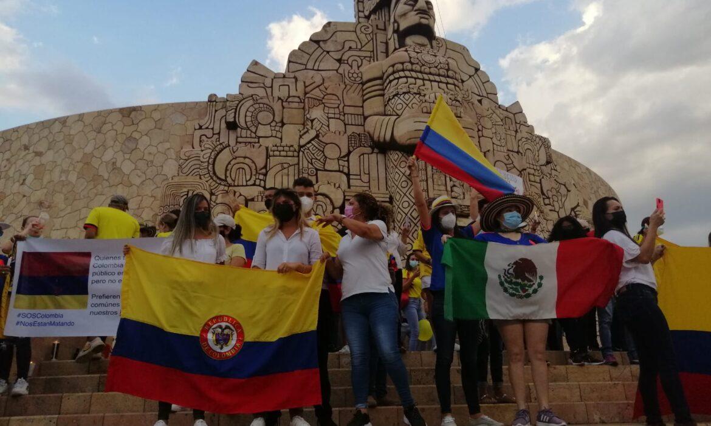 Desde el Monumento a la Patria colombianos exigen detener la violencia