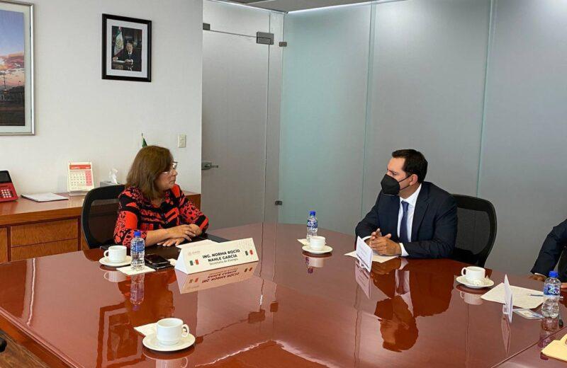 Vila Dosal pide con urgencia mejorar el servicio de la CFE