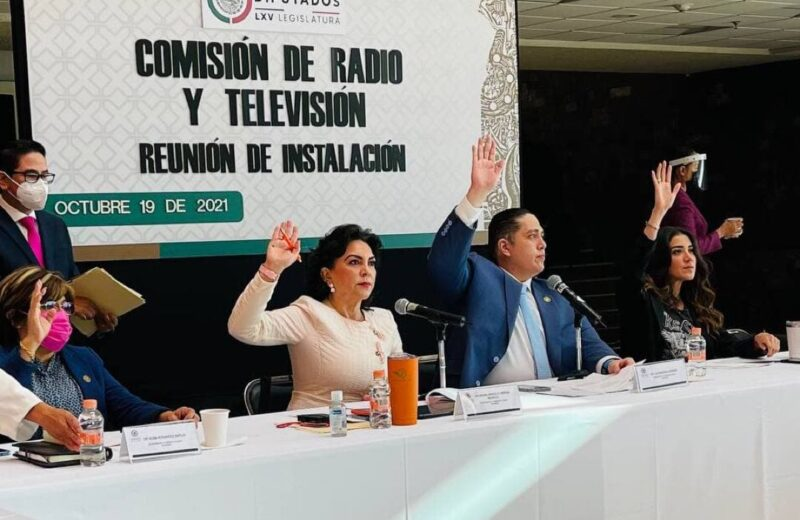 Medios de comunicación, herramienta indispensable en el desarrollo: Ortega Pacheco
